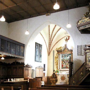 Kirche Jungingen Innen 1.jpg
