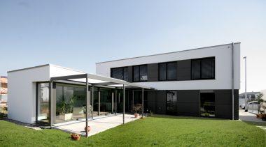 Maurer Architekten Ansicht Garten.jpg